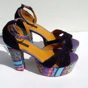 Shoe Republic LA chunky heels sandals NEW